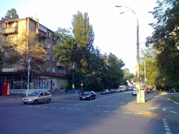 Перекресток ул. Выборгской и ул. Гарматной