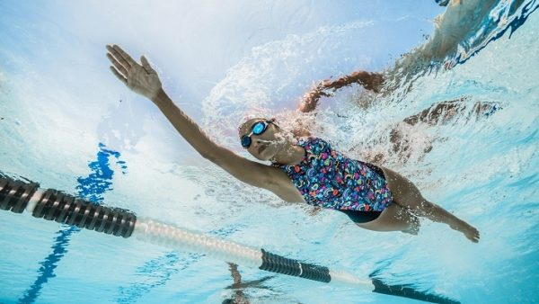 занятия в бассейне фото